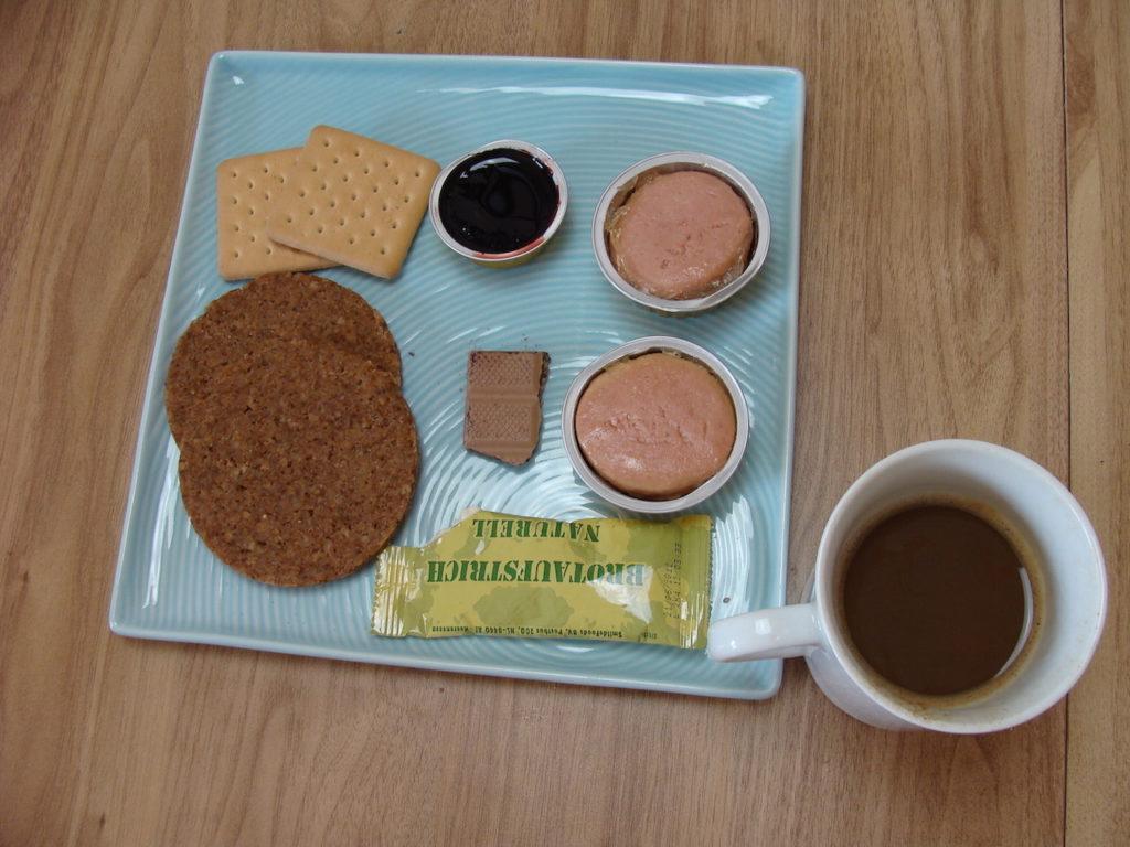 Racja armii niemieckiej 24H menu I - śniadanie